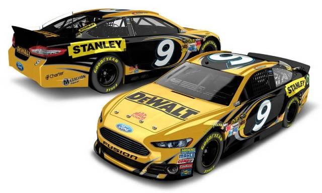 Машина Маркоса Эмброуза, вариант с титульным спонсором DeWALT, команда Richard Petty Motorsports