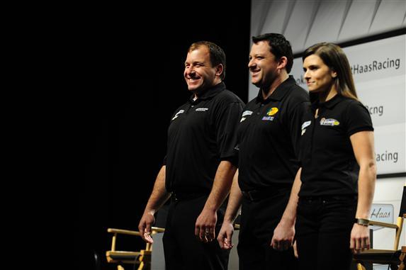 Пилоты Stewart-Haas Racing, Райан Ньюман, Тони Стюарт и Дэника Патрик