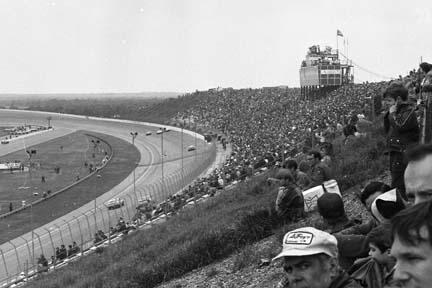 В 70-е гонки ИндиКара в штате одинокой звезды проходили на двухмильной трассе Texas World Speedway
