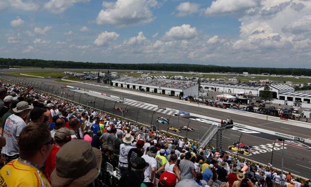 Pocono-fans-IndyCar