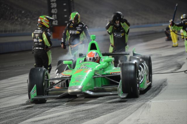 2013 Fontana pit-stop 2